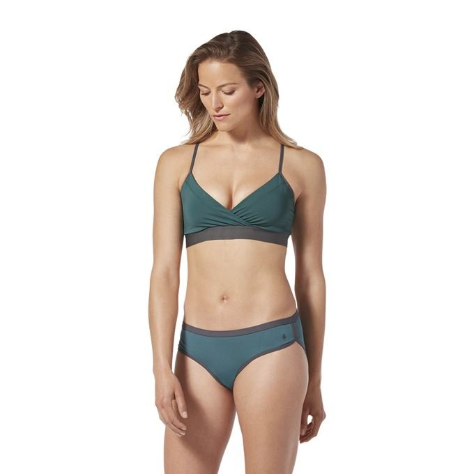 Royal Robbins Women's Underwear Blue, Green Model Close-up