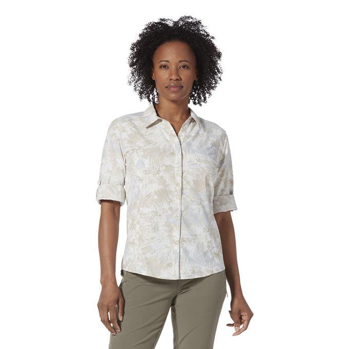 Royal Robbins Women's Shirts Beige Model Close-up